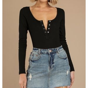 Black long sleeve ribbed body suit